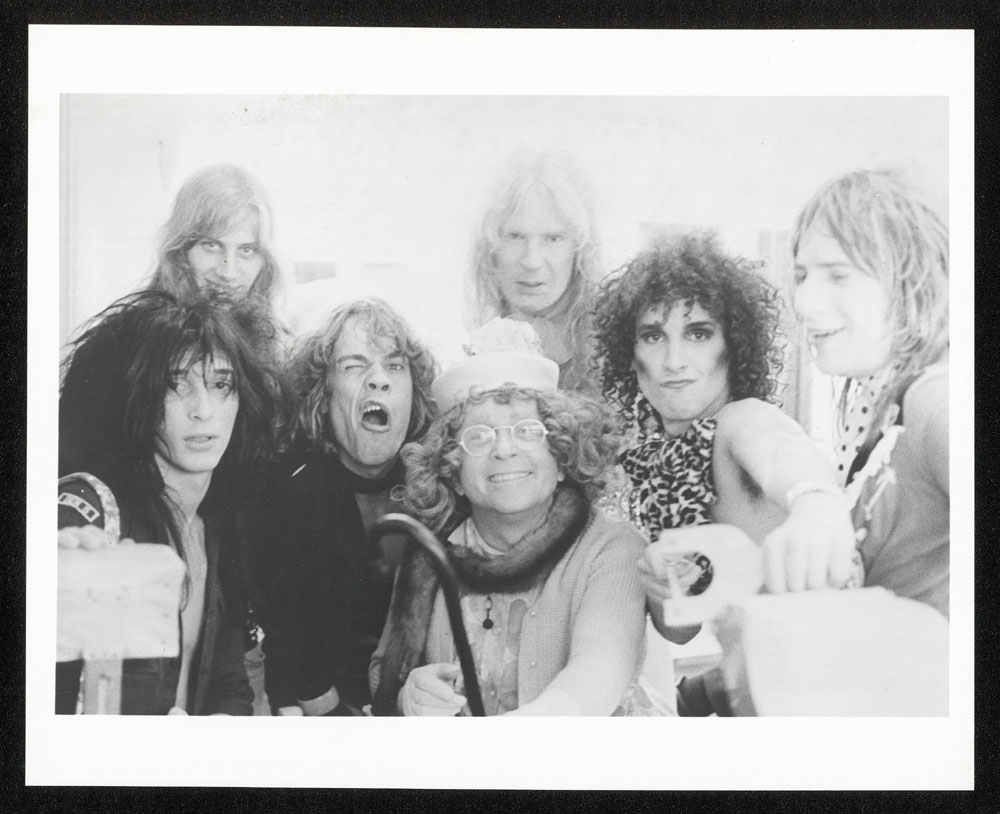 NEW YORK DOLLS photo #2